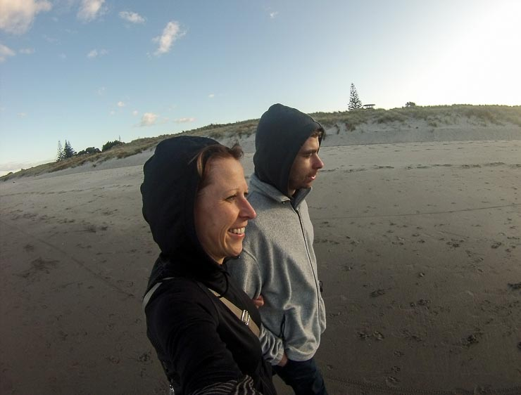 neuseeland papamoa beach einsame strandspaziergaenge