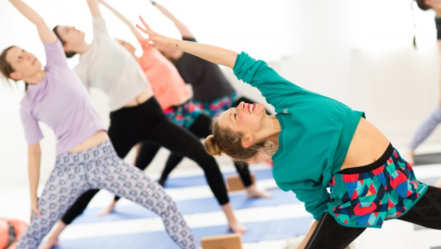 Yoga meets Running und die Adidas SS16 Women Training Kollektion
