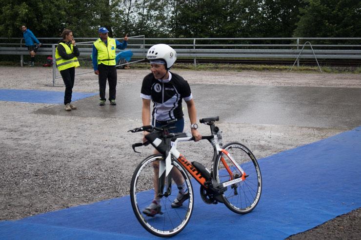 Triathlon Radfahren kann beginnen