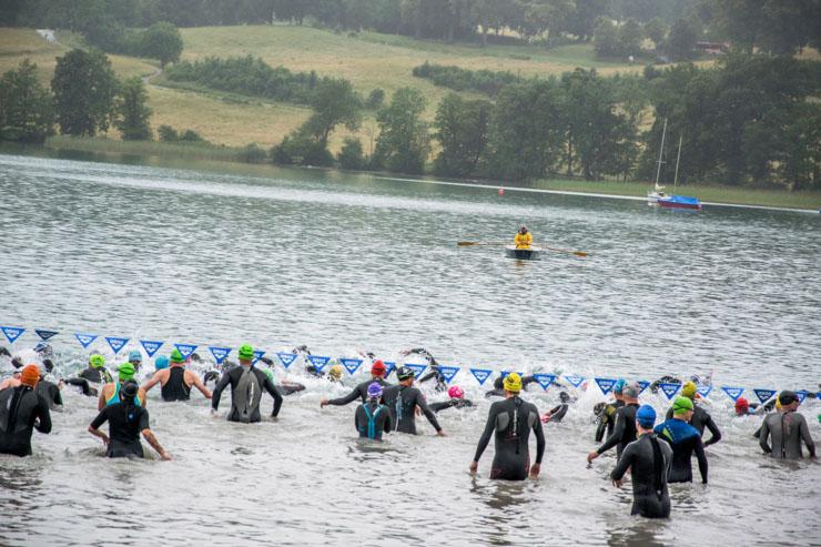 Triathlon Start Schwimmen