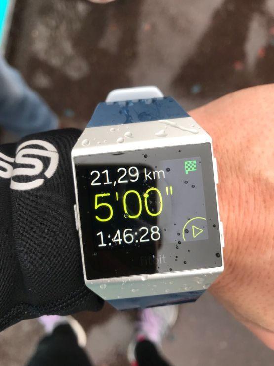 Paris Halbmarathon fitbit bestzeit