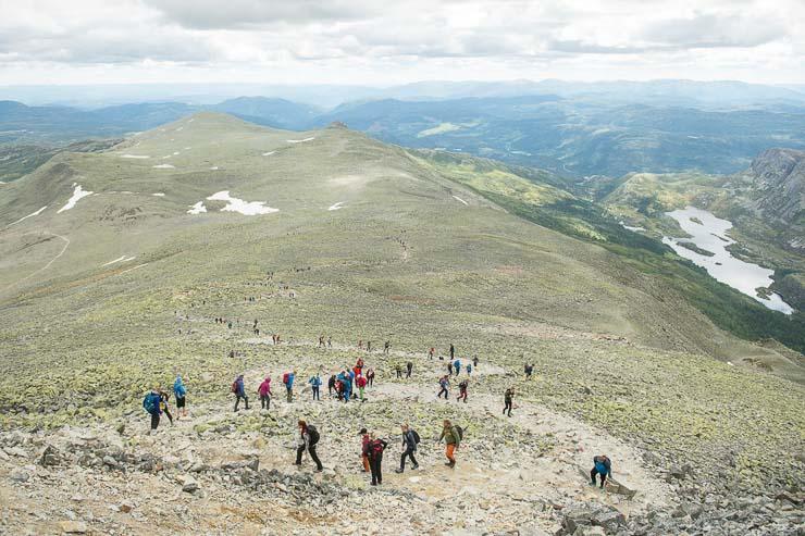 viking challenge gaustatoppen aufstieg gipfel