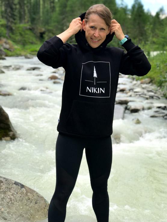 nikin nachhaltige marke logo tannenbaum