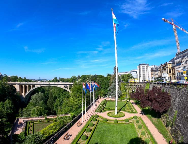 luxemburg Place de la Constitution