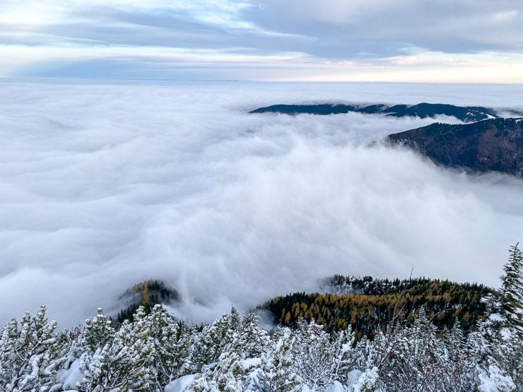 nebel über dem tegernsee
